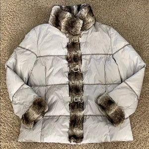 Down puffer coat with faux fur trim
